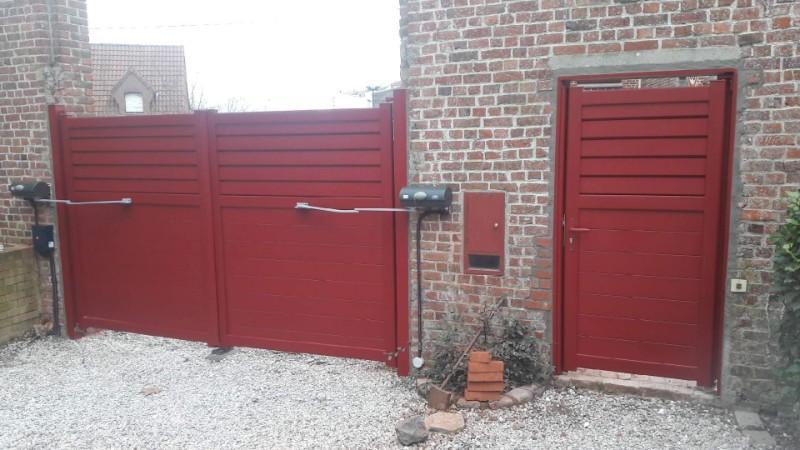 portail et  portillon aluminium  type droit  , automatisme BFT à bras